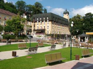 Lázeňský dům Janský Dvůr - hotely, pensiony | hportal.cz