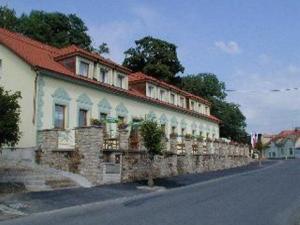 Hotel Bouček  - hotely, pensiony | hportal.cz