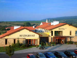 Hotel Happy Star - hotely, pensiony | hportal.cz